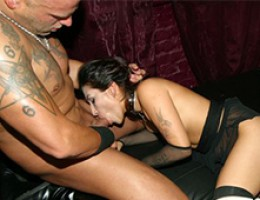 Goth slut loves herself a dark intense fucking
