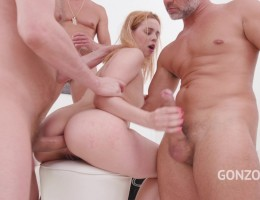 Karry Slot first time to Gonzo for anal & DP with three huge cocks SZ2217