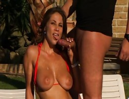 Beautiful Latin MILF gets anal at the pool