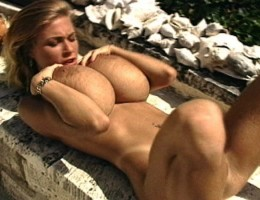 Tit Show