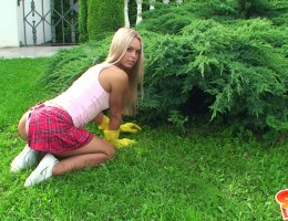 Watch seductive Sabrina video with outdoor sex