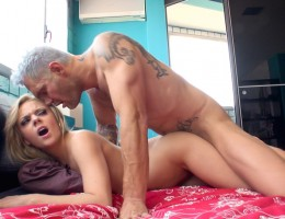 Fresh petite blonde Jakeline takes on Nacho\'s beefy stick !