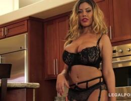 Hot seductress Bridgette B. shakes big tits while riding black dick GP624