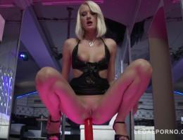 Bree Haze DP\'ed & DVP\'ed in stripclub SZ1433