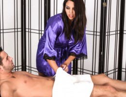 Missy Martinez takes an Anonymous Cumshot Massage Facial