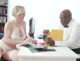 Psycho doctor Anal Sex Therapy with Dee Williams #1 Balls Deep Anal, Submission and creampie GIO1056
