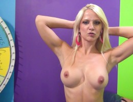 Racked hotty Caroline gets fucked to squirting climax !