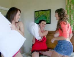 Sha Rizel, Valory Irene, HitomiPillow Fight