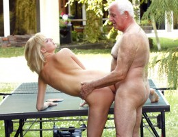 Horny table tennis chick screwed by an old crazy senior