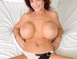 12 pics and 1 movie of Demi2 from Milf Hunter