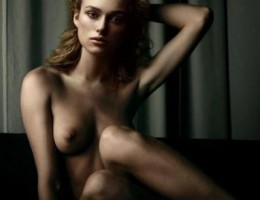 Keira Knightley not only has a great body but she is also loves to show it!