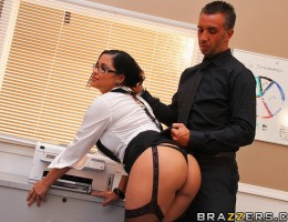 In this very informative title, Keiran and Sophia demonstrate the lighter side of sexual harassment. Wether it be heavy petting in the cafeteria, a little titty sucking at the water cooler, or even some office intercourse, sexual harassment can be very pl