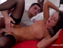 Sensual pussy penetration on bed gives Foxy D chills of orgasmic pleasure GP805