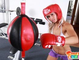 Wild blond girl Sabrinka boxing naked!