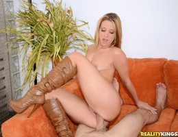 12 pics and 1 movie of Shelbypaige from Cum Fiesta