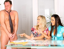 2 super hot milfs flirt with the real estate agent then have him strip down naked and lick their pussies in these hot fucking reality porn vids