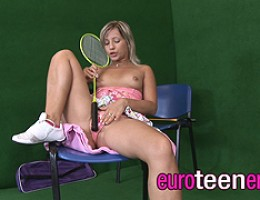Hot fresh teen Candy proves that badminton can be very sexy