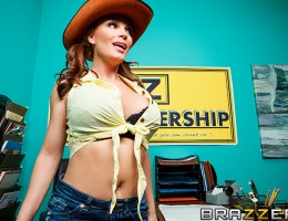 Diamond Foxxx is used to pushing hard to get what she wants. When a guy walks onto her used car lot, this Milf pops out her cleavage, and immediately goes to work selling him on the idea of one of her sweet rides. To catch Xander\'s attention, Diamond jum