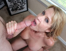 Super sexy milf sucking and fucking big-sized cock of her step son